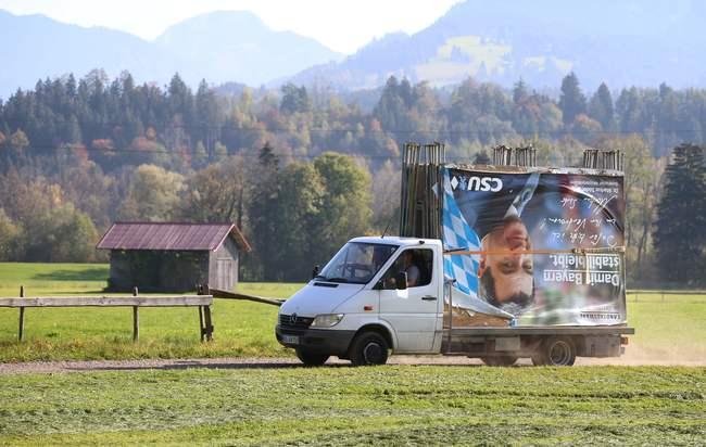 「バイエルン州選挙」歴史的大敗が「メルケル政権」にもたらす3つの問題